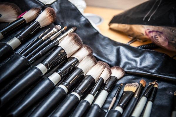 makeup-1669951_960_720.jpg